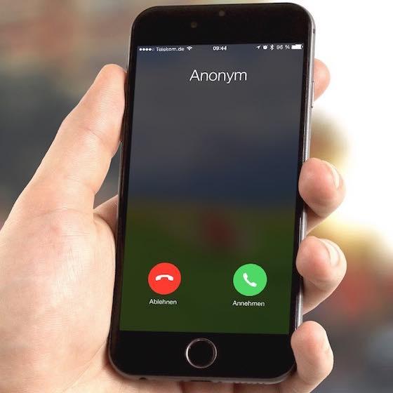 """Unter """"Anonyme Anrufer"""" versteht man jene Anrufer, die ihre Rufnummer nicht übermitteln lassen, so dass ein eingehender Anruf auf Ihrem iPhone mit der Bezeichnung """"Anonym"""" signalisiert wird:"""