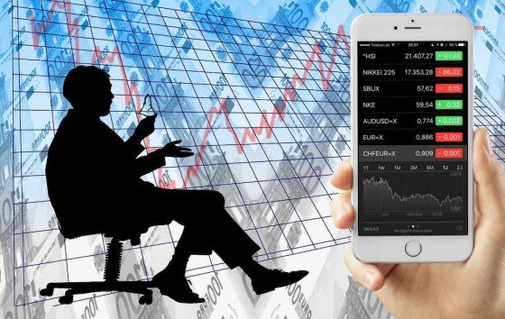 """Mittels der App """"Aktien""""auf Ihrem iPhone haben Siedie Möglichkeit, jederzeit und live den aktuellen Wechselkurs von zwei Währungen an der Börse abzufragen."""